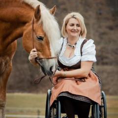 Ivonne Hellenbrand, Haflinger Fahrsport, Pferdesport mit Behinderung, Handicap, Kontakt